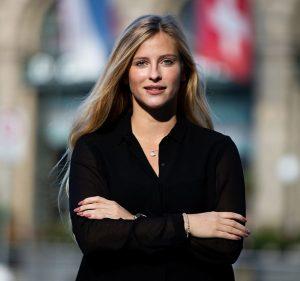 """Vortrag - Leonie Flückiger """"Adresta, ein Technologie-Startup"""" @ Restaurant Grünes Glas"""